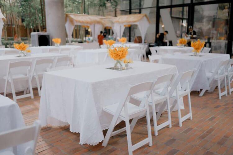 white wimbledon chairs